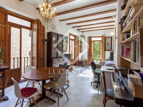 246 m² apartment with 15 m² terrace for sale in El Carmen