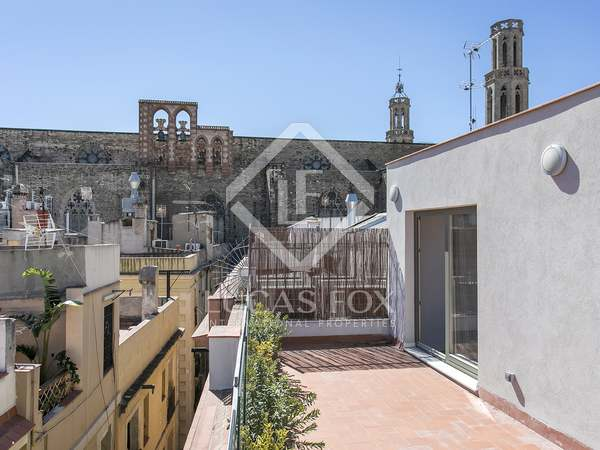 Stunning penthouse apartment with terraces to buy in El Born