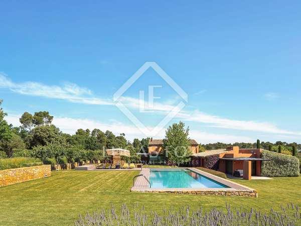 Landhuis van 890m² te koop in Baix Emporda, Girona