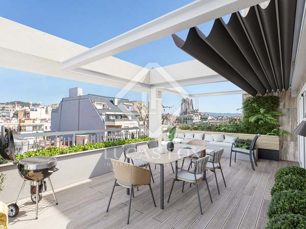 161m² Penthouse with 64m² terrace for sale in Eixample Right