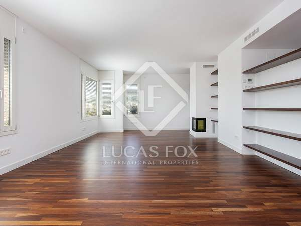 180m² Penthouse with 160m² terrace for rent in Sant Gervasi - La Bonanova