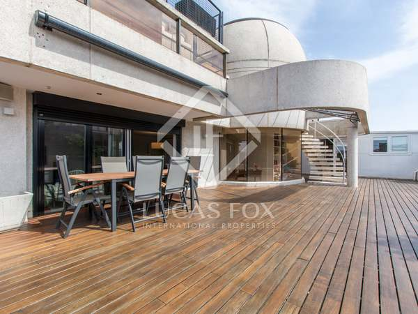 550m² Apartment with 226m² terrace for rent in Aravaca