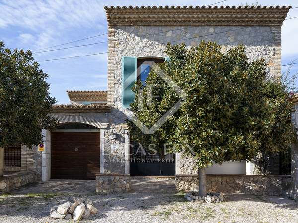 490m² House / Villa with 213m² terrace for sale in Sant Pere Ribes