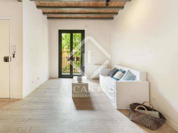 70 m² apartment for sale in Sants, Barcelona