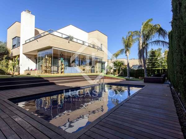 Villa de 378m² en alquiler en Puzol, Valencia