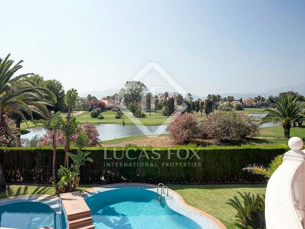 360m² House / Villa with 385m² garden for sale in Dénia