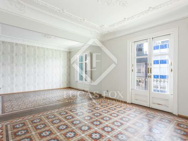 182m² Apartment for sale in Eixample Right, Barcelona
