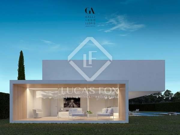 Proyecto de una villa de 4 dormitorios, en venta en Valencia