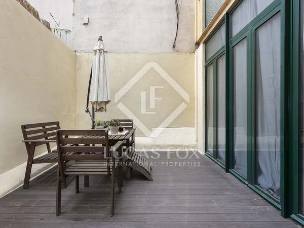 85m² Apartment with 15m² terrace for rent in Eixample Right