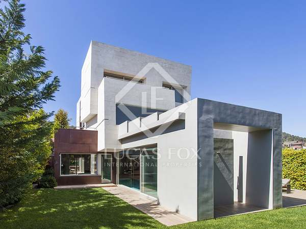 House for sale in Sant Just Desvern, close to Barcelona