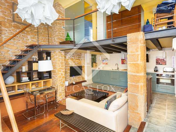 48m² Loft with 30m² terrace for sale in Eixample Left