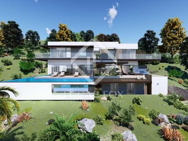 Villa de 632m² en venta en la Milla de Oro