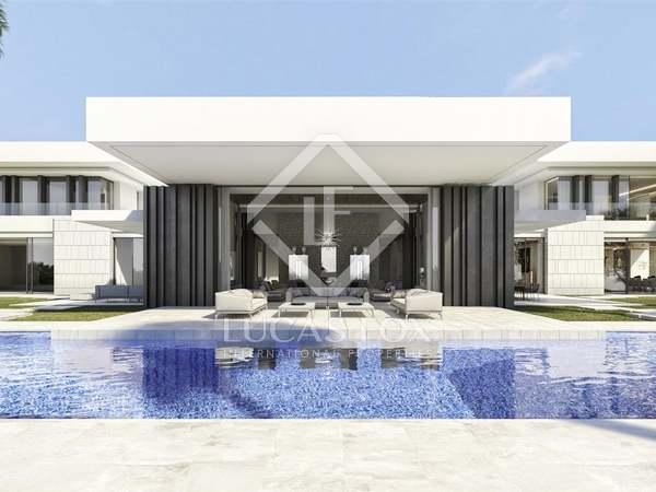 3,110m² House / Villa with 430m² terrace for sale in La Zagaleta