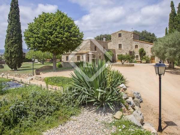 Landhuis van 800m² te koop in Baix Emporda, Girona