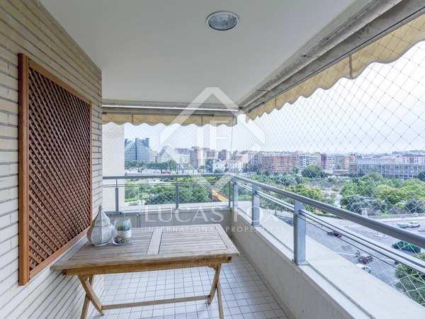 154m² Apartment with 6m² terrace for sale in Ciudad de las Ciencias