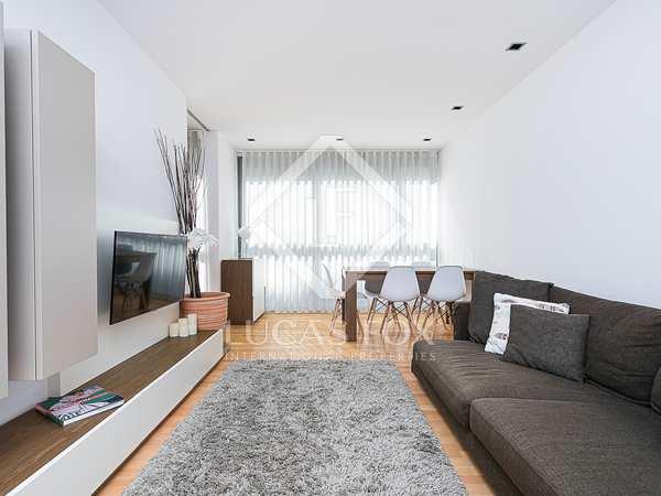 Квартира 82m² на продажу в Побленоу, Барселона