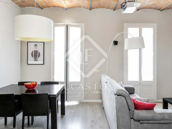 65m² Apartment for sale in Eixample Right, Barcelona