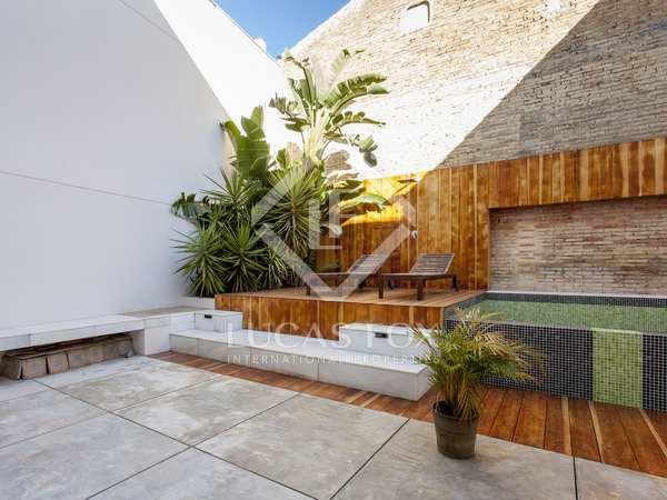 137m² House / Villa with 54m² garden for rent in Playa de la Malvarrosa