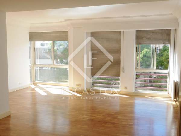 Apartamento de 131 m² en venta en Recoletos, Madrid