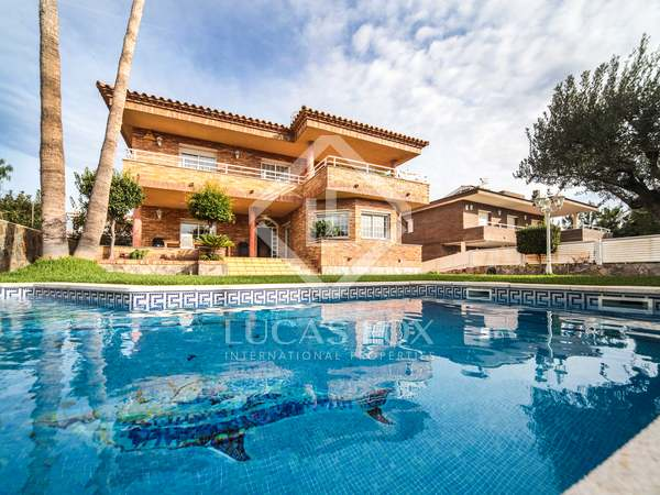 357m² House / Villa for sale in Calafell, Tarragona