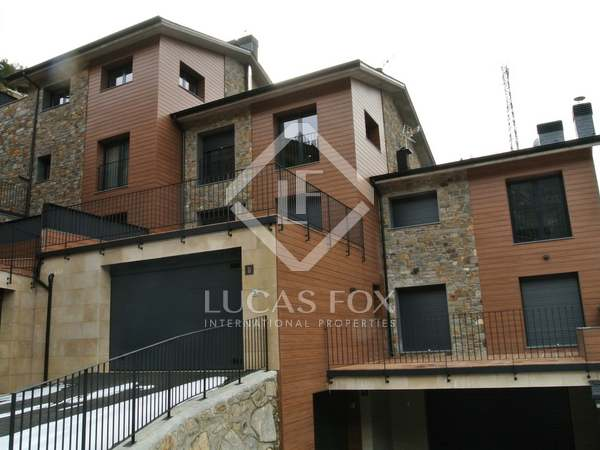 Townhouses for sale in Sant Julià de Lòria, Andorra