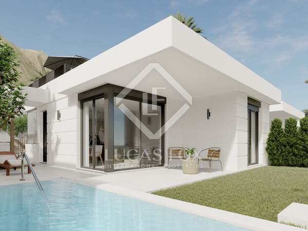 Huis / Villa van 87m² te koop met 32m² Tuin in Playa San Juan