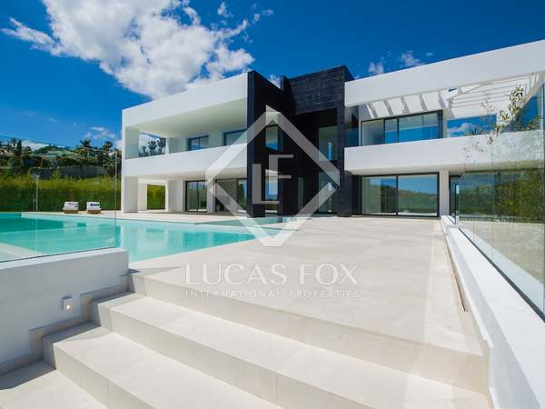 6-bedroom villa with infinity pool for sale in La Cerquilla