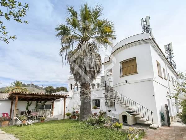 Maison / Villa de 305m² a louer à Les Corts, Barcelone