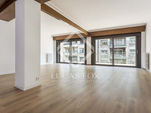 240 m² apartment for rent in Sant Gervasi - Galvany