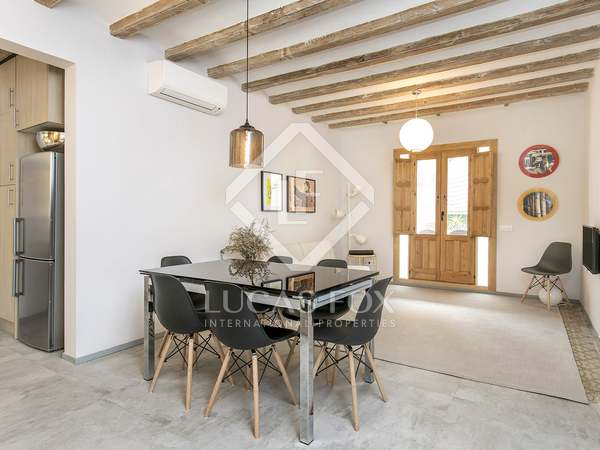 100m² apartment to rent in El Raval, Barcelona