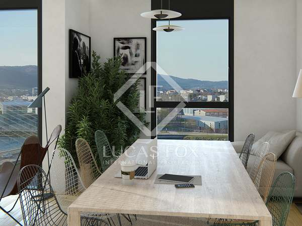 Penthouse with 17 m² terrace for sale in Pontevedra