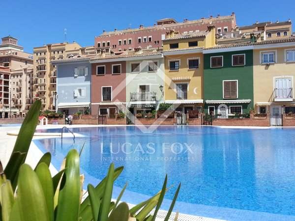Bonita propiedad en venta en Port Saplaya, Valencia