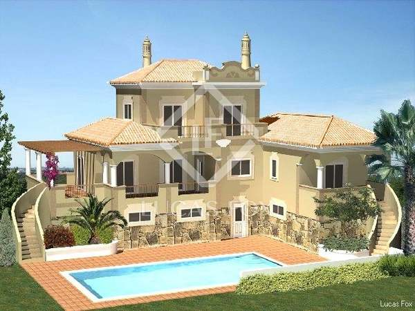 Beautiful 4-bedroom Algarve villa to buy