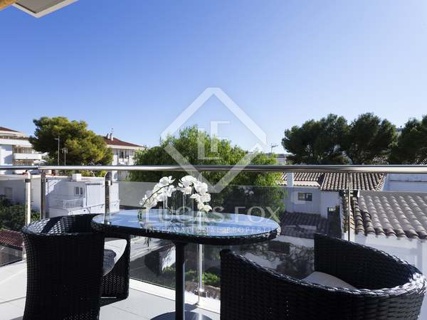 81 m² apartment for sale in Sitges Town