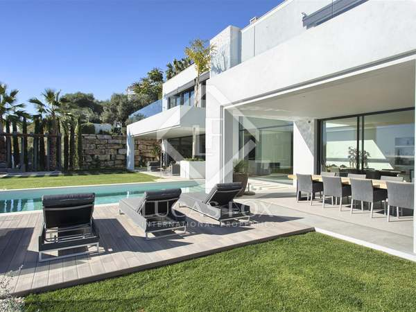 Villa nueva de lujo de 538m² en venta en Benahavís