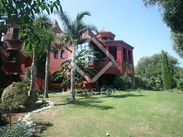 6 bedroom luxury villa for sale in Sotogrande.Golf views