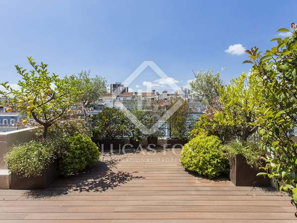 201m² Penthouse with 94m² terrace for rent in Turó Park