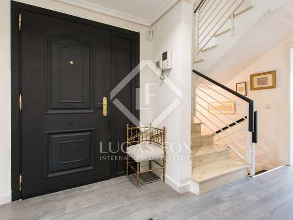 Huis / Villa van 306m² te koop met 60m² Tuin in Aravaca