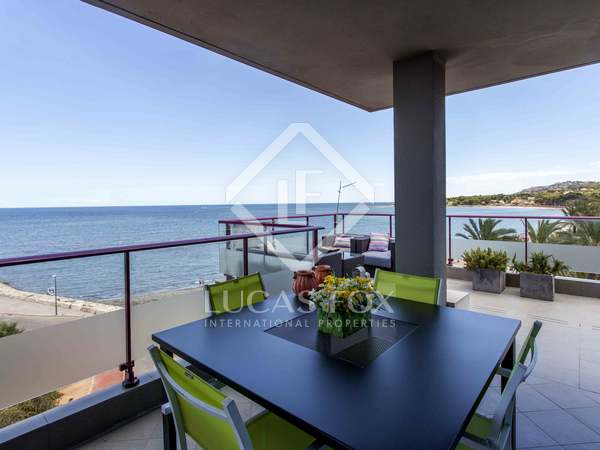 196m² luxury property with 232m² terrace for sale in Denia