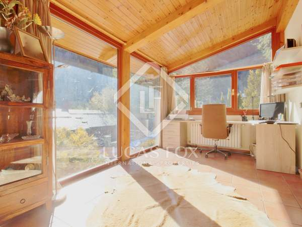 501m² House / Villa with 200m² garden for rent in La Massana