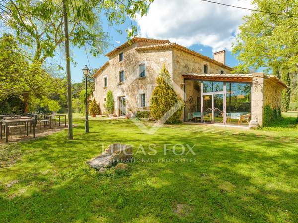 Maison de campagne de 1,100m² a vendre à Baix Empordà
