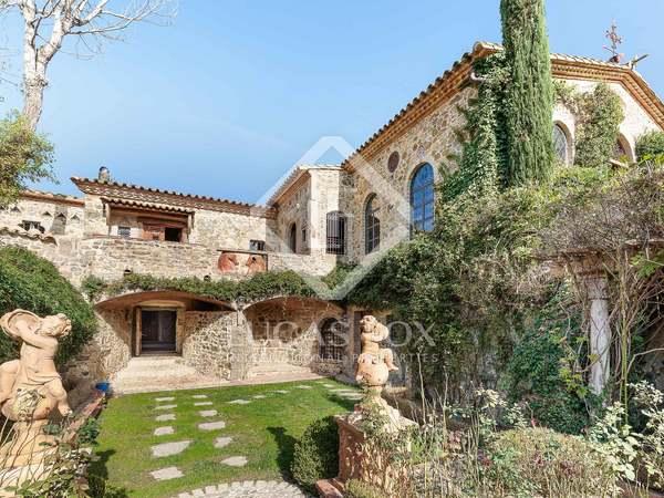 Propietat eqüestre de 1,988m² en venda a Baix Empordà