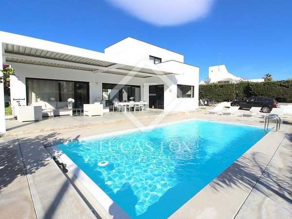 430m² House / Villa with 730m² garden for sale in San Pedro de Alcántara / Guadalmina