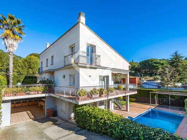 Huis / Villa van 410m² te koop in Alella, Barcelona
