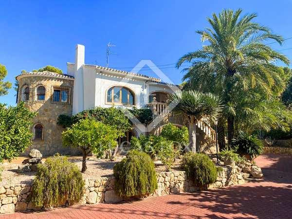 Huis / Villa van 300m² te koop in Jávea, Costa Blanca