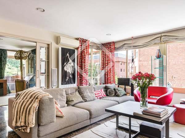 211m² Apartment with 15m² terrace for sale in Sant Gervasi - La Bonanova