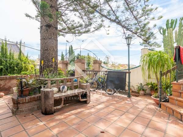 Huis / Villa van 233m² te koop in East Málaga, Malaga