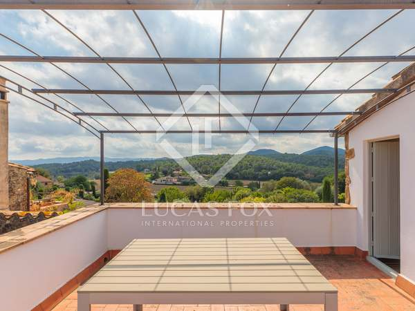 157m² Country house with 15m² terrace for sale in El Gironés