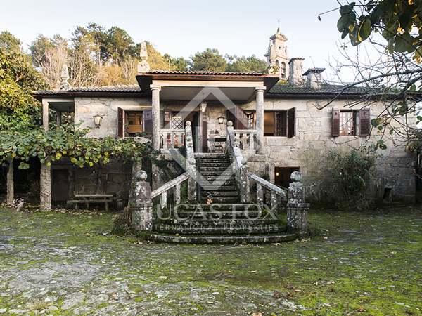 Casa / Villa de 290m² en venta en Pontevedra, Galicia