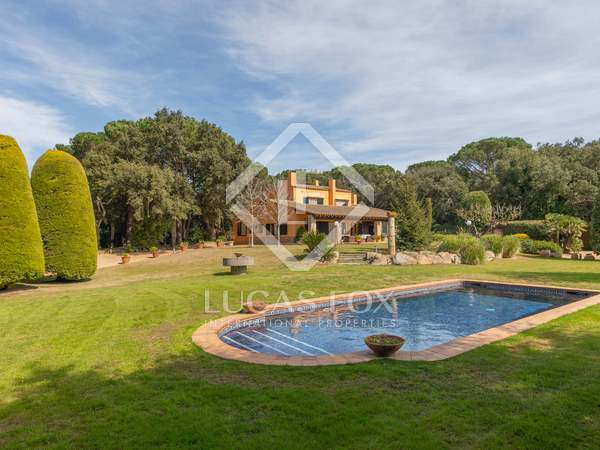 726m² Country / Sporting Estate for sale in Baix Empordà